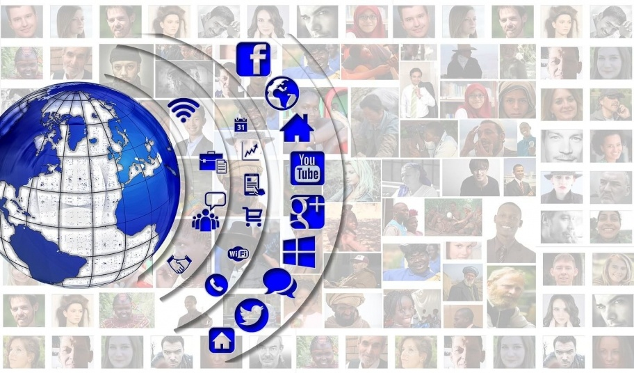 social media connecting to the world